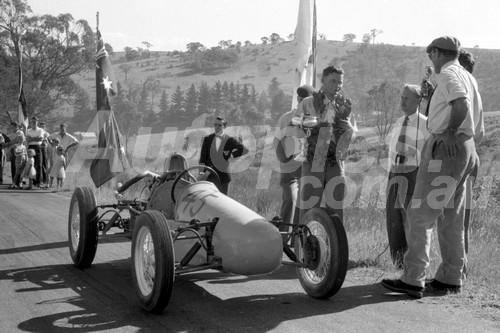 57014 - Bruce Walton Walton Cooper  - Rob Roy 1957 - Photographer Peter D'Abbs