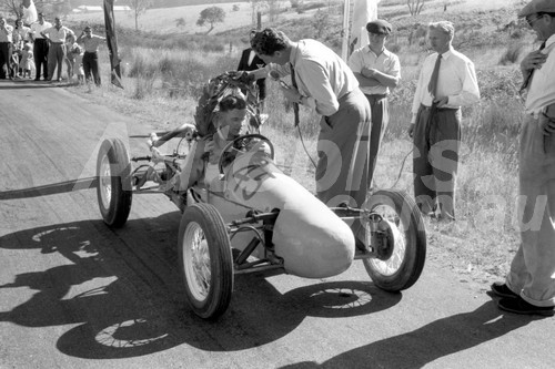 57013 - Bruce Walton Walton Cooper  - Rob Roy 1957 - Photographer Peter D'Abbs