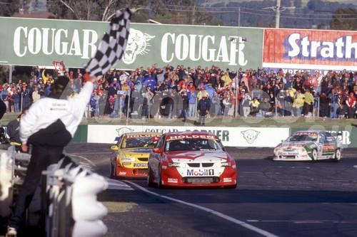 01791 - First Lap - Mark Skaife / Tony Longhurst - Holden VX Commodore - 1st Outright Bathurst 2001