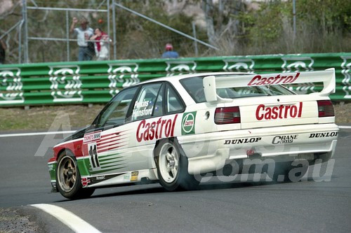 93747 - LARRY PERKINS / GREGG HANSFORD - Commodore VP - Bathurst 1993  - Photographer Marshall Cass