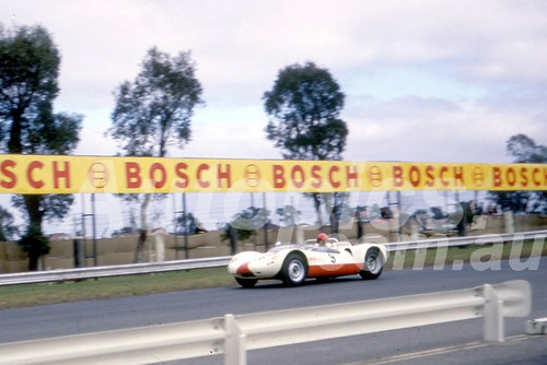 66103 - Alan Hamilton Porsche Spyder - Sandown 1966 - Photographer Barry Kirkpatrick