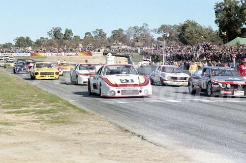 82094 - The Start of the Australian Sports Sedan and GT Championship, -  Wanneroo 11th July 1982 - Photographer Tony Burton
