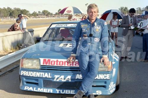 83404 - DickJohnson, Falcon -  Australian Touring Car Championship -  Wanneroo 24th April 1983 - Photographer Tony Burton