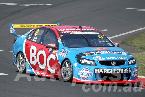 15713 - J.Bright/A.Jones         Holden Commodore VF - Bathurst 1000 2015