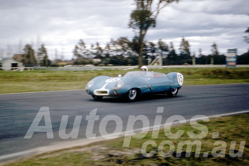 61037 - Flemming - Lotus XI - Warwick Farm 1961 - Photographer Peter Wilson