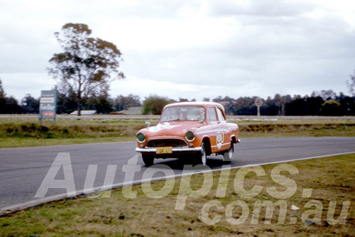 61039 - Norm Scott - Simca P60- Warwick Farm 1961 - Photographer Peter Wilson