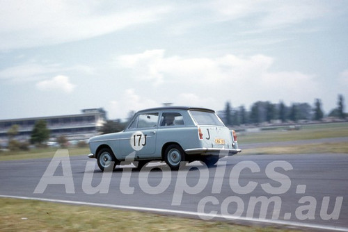 61042 - Barry Car - Austin A40 - Warwick Farm 1961 - Photographer Peter Wilson
