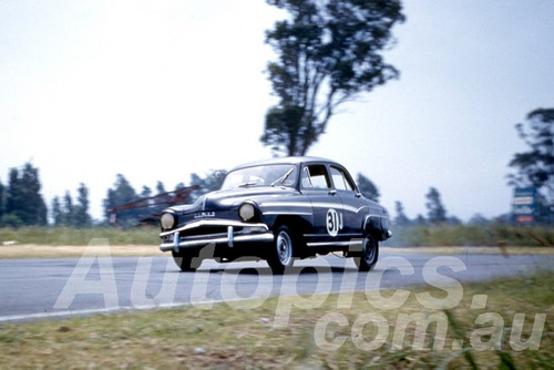 61043 - Warren Carden - Simca  - Warwick Farm 1961 - Photographer Peter Wilson