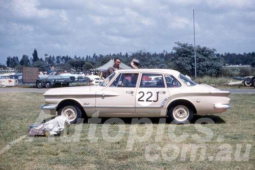 62019 - D. Leonard, Valiant - Warwick Farm 1962 - Photographer Peter Wilson