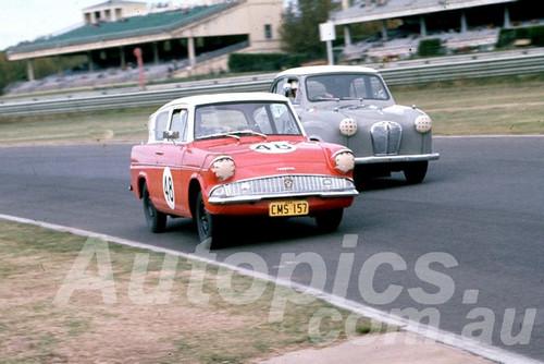62021 - Peter Wilson, Anglia - Warwick Farm 1962 - Peter Wilson Collection