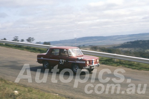 63740 -John Connolly / Bob Draper, Renault R8 -  Armstrong 500 Bathurst 1963 - Peter Wilson Collection
