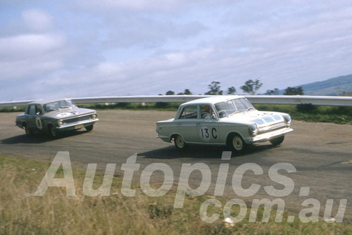 63741 - Bruce Mcphee & Graham Ryan, Ford Cortina GT -  Armstrong 500 Bathurst 1963 - Peter Wilson Collection