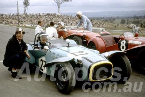 67116 - Peter Wilson, Nota Sportsman -  Oran Park 1967 - Peter Wilson Collection