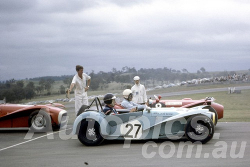 67117 - Peter Wilson, Nota Sportsman - Oran Park 1967 - Peter Wilson Collection