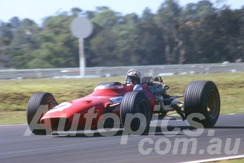 68306 - Chris Amon Ferrari 246T V6 - Warwick Farm 1968 - Peter Wilson Collection