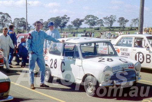 69816 - David Frazer / Allan Johns, Morris Cooper S - Bathurst 1969 - Peter Wilson Collection