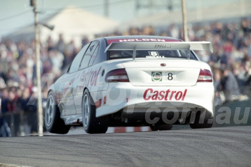 200108 - Russell Ingall, Holden Commodore VT - Oran Park 2000 - Photographer Marshall Cass