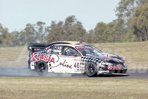 200110 - John Faulkner, Commodore VT - Oran Park 2000 - Photographer Marshall Cass