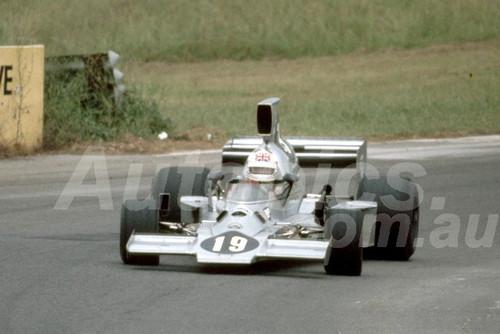 78649 - Derek Bell, Lola T430 -  Tasman Series Oran Park 1983