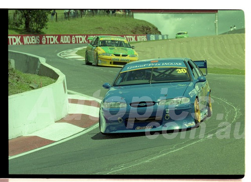 Bathurst FIA 1000 15th November 1999 - Photographer Marshall Cass - Code 99-MC-B99-006