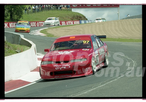 Bathurst FIA 1000 15th November 1999 - Photographer Marshall Cass - Code 99-MC-B99-009