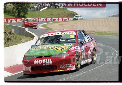 Bathurst FIA 1000 15th November 1999 - Photographer Marshall Cass - Code 99-MC-B99-013