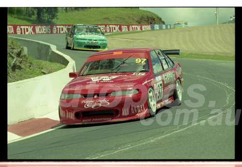 Bathurst FIA 1000 15th November 1999 - Photographer Marshall Cass - Code 99-MC-B99-027