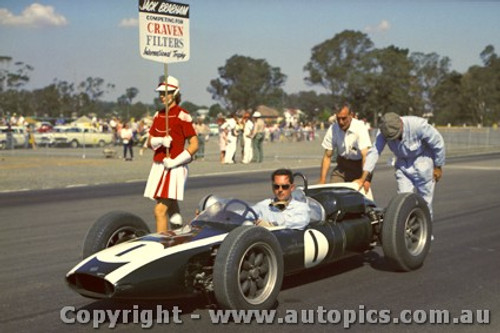 62523 - Jack Brabham  Cooper  - Sandown 1962
