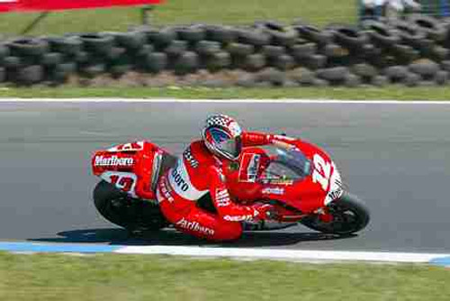 203305-  Troy Bayliss - Ducati - AGP Phillip Island 2003