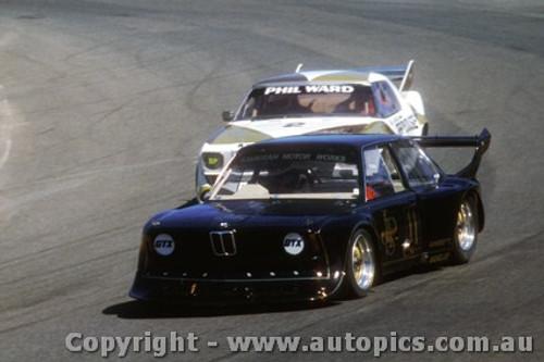 81023 - A. Grice BMW - P.  Ward Holden Monaro - Amaroo  1981