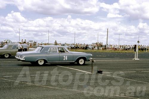 66490 - Lowood Drags - 1966 - Jim Bertram Collection