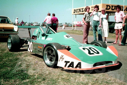 76515 - Gary Scott, Cheetah F3 - Surfers Paradise 1976 - Jim Bertram Collection