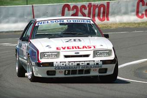 85735  - Nelson / OBrien  -  Bathurst 1985 - Ford Mustang  Slightly out of focus
