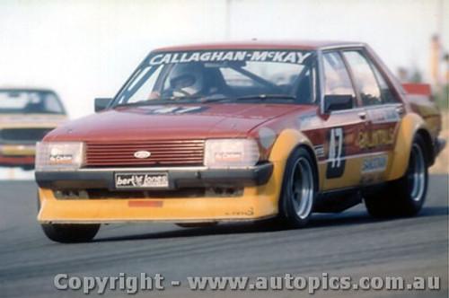 82003 - B. Callaghan / P. McKay - Ford Falcon XD - Amaroo Park 1982