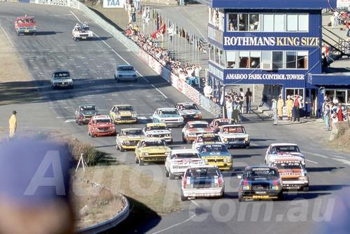 79129 - Under 3000cc Touring Cars - Amaroo Park 1979