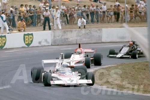 79133 - John McCormack, McLaren 23 - Oran Park 1979