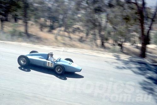 60115 - G. Stewart, Stewart MG- Bathurst 3rd October 1960 - Photographer Jeff Harrop