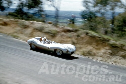 60116 - E. Murray, D Type Jaguar - Bathurst 3rd October 1960 - Photographer Jeff Harrop