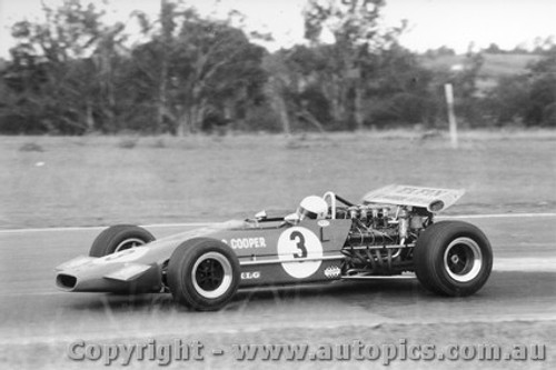 70544 - Garrie Cooper Elfin 600D - Oran Park 1970