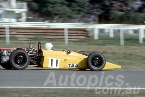73260 -  Geoff Spence Bowin P6 - Warwick Farm 1973