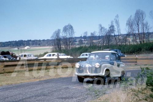 59014 - Frank Dent, Austin  - 1959 Silverdale Hill Climb