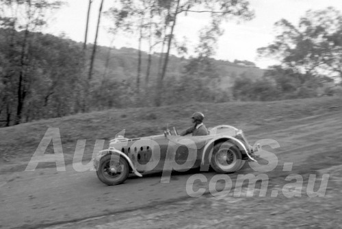 59016 - Harry Firth, MG TC - Templestowe Hill Climb 1959 - Photographer Peter D'Abbs