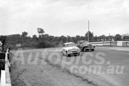60041 - Doug Stewart , Simca Aronde & Ralph Sach, Holden 48-215 -1960 ATCC  Gnoos Blas