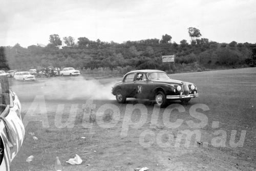 60043 - Bill Pitt  Jaguar MK1 3.4 -1960 ATCC  Gnoos Blas