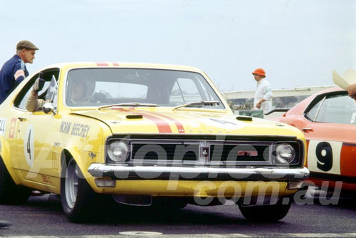 700005 - Norm Beechey, Holden Monaro GTS- Sandown 1970 - Photographer Peter D'Abbs