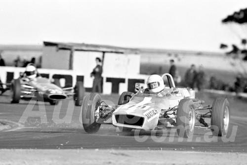 71400 - Frank Matich, Aztec Formula Ford - Calder 1971 - Photographer Peter D'Abbs