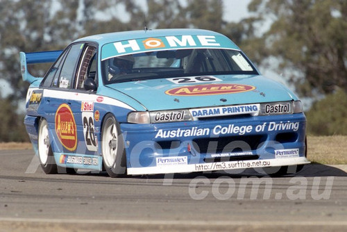 97032 - John Cotter, VP Commodore - ATCC Oran Park 1997 - Photographer Marshall Cass