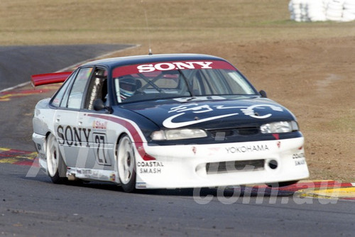 97045 -Terry Finnigan, VS Commodore - ATCC Oran Park 1997 - Photographer Marshall Cass