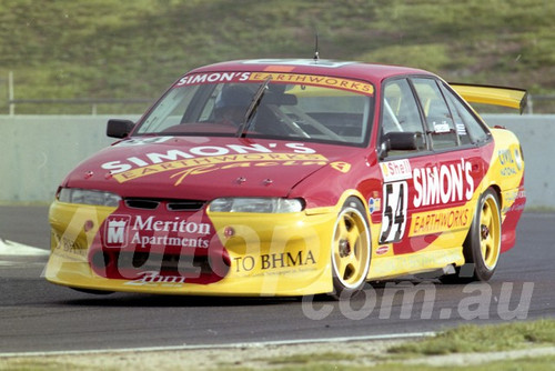 98102 - Simon Emerzidis, Commodore VS - ATCC Calder 1998- Photographer Marshall Cass