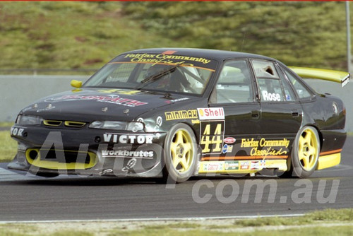98103 - Mal Rose, Commodore VS - ATCC Calder 1998- Photographer Marshall Cass
